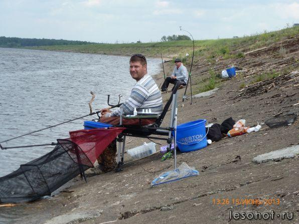 рыбалка в спб на дамбе