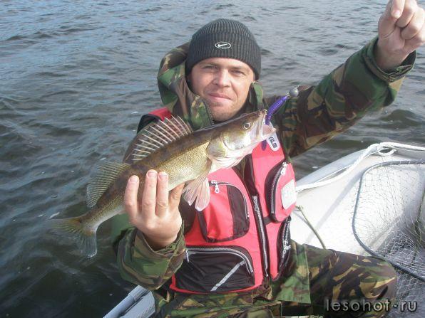 рыбаки ярославля или рыбалка в ярославле