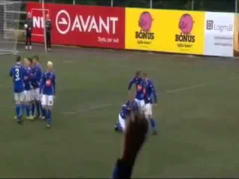 Human Toilet! - Awesome Goal Celebration! - (Stjarnan FC)